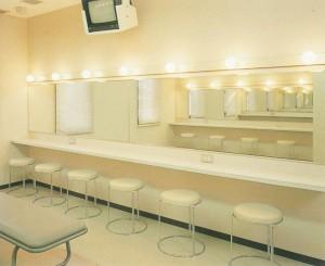 dressingroom2_w800